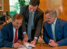 Billionaire Phil Ruffin Acquires Circus Circus Casino