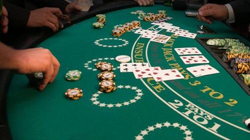 How to Bet in Blackjack